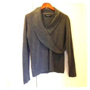 Cashmere sweater color grey size M